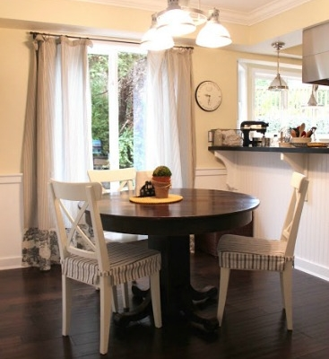 Kitchen Eating Area – Before and After