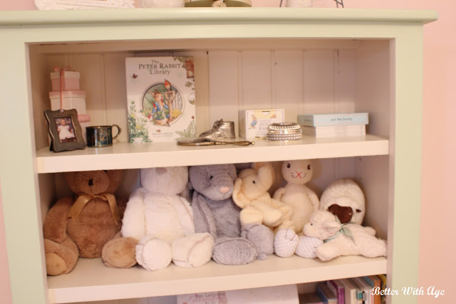 Nursery room reveal / Nursery bookshelf - So Much Better With Age
