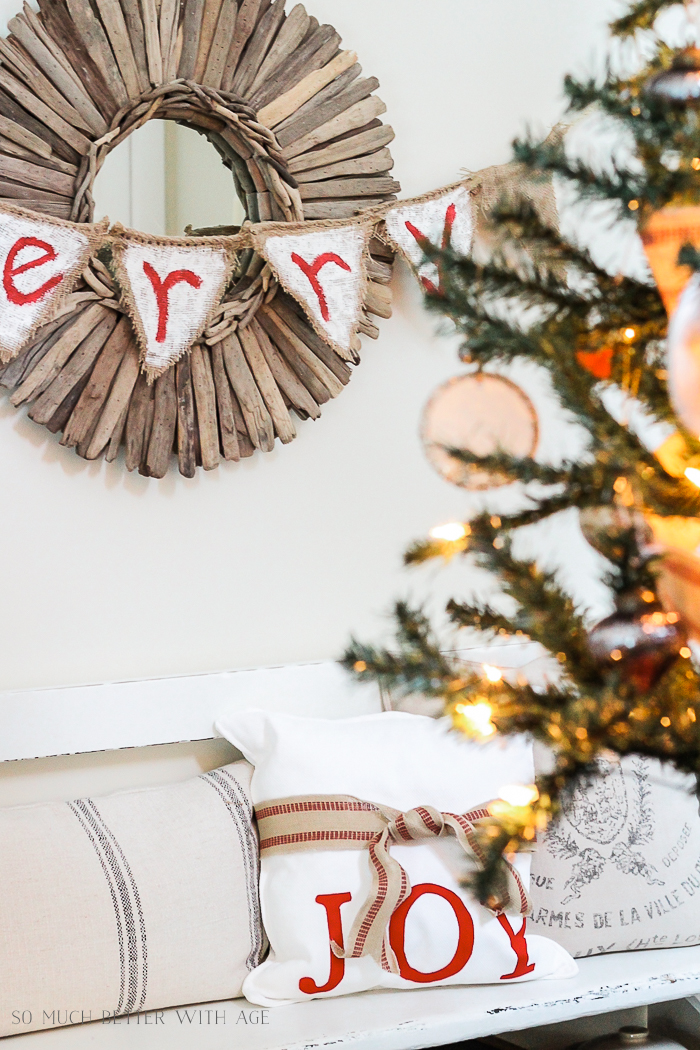 30+ Unique Christmas Decorating Ideas/no sew pillow- So Much Better With Age