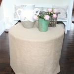How to make a burlap tablecloth / tablecloth with flowers on it - So Much Better With Age