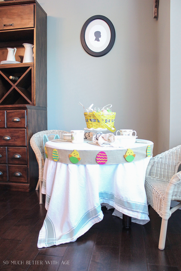 12 Creative Easter Decorating Ideas/kids' Easter table - So Much Better With Age
