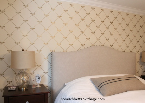 Bee-utiful stencilled wall / French bee trellis stencil - So Much Better With Age