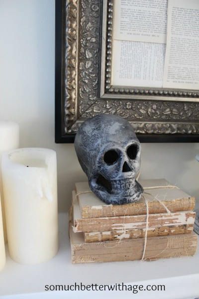 Easy last minute Halloween craft skulls / skull on mantel - So Much Better With Age
