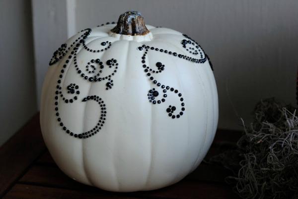 Vintage Halloween www.somuchbetterwithage.com