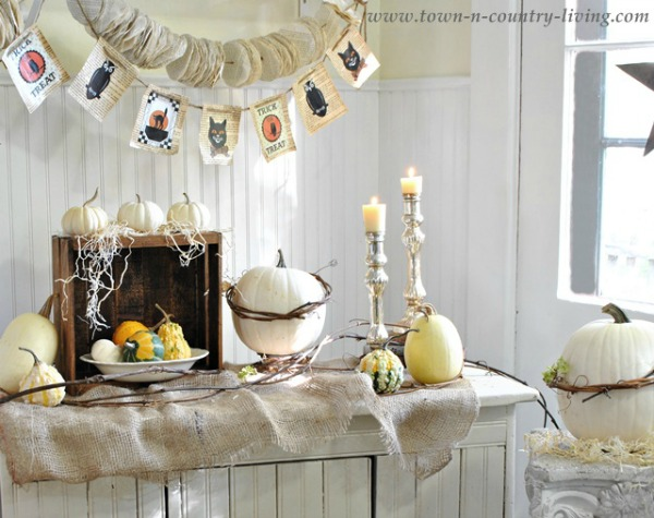Vintage Halloween Decor / Town And Country Living - So Much Better With Age