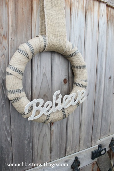Jute and glitter Christmas wreaths | somuchbetterwithage.com