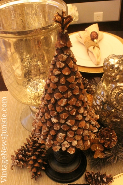 DIY Pinecone Christmas Tree {from Vintage News Junkie}