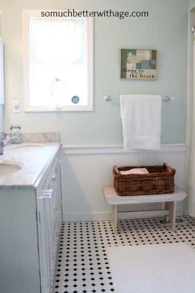 Kids' bathroom before and after / after picture of elegant bathroom and decluttered counter - So Much Better With Age