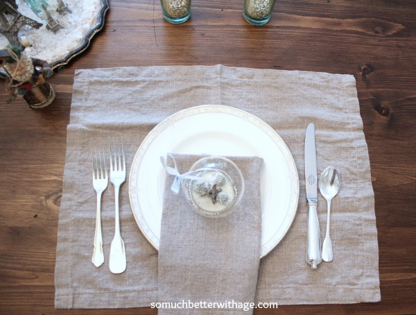 French Christmas Details / DIY napkins - So Much Better With Age