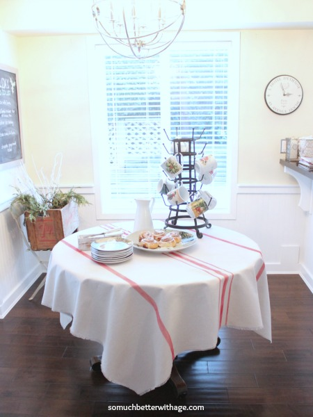 How to make a grain sack tablecloth DIY / dining table in kitchen - So Much Better With Age