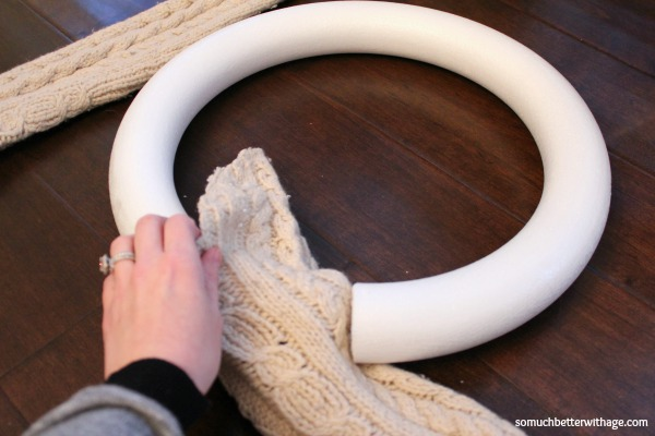 No sew wreath using sleeves of an old sweater / sliding the sweater through the ring - So Much Better With Age