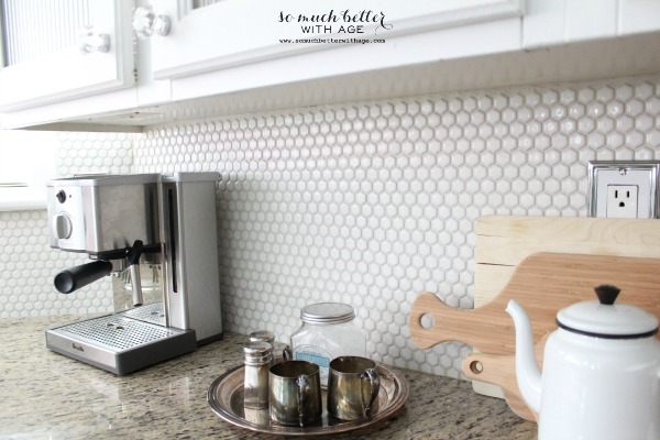 honeycomb backsplash somuchbetterwithage.com