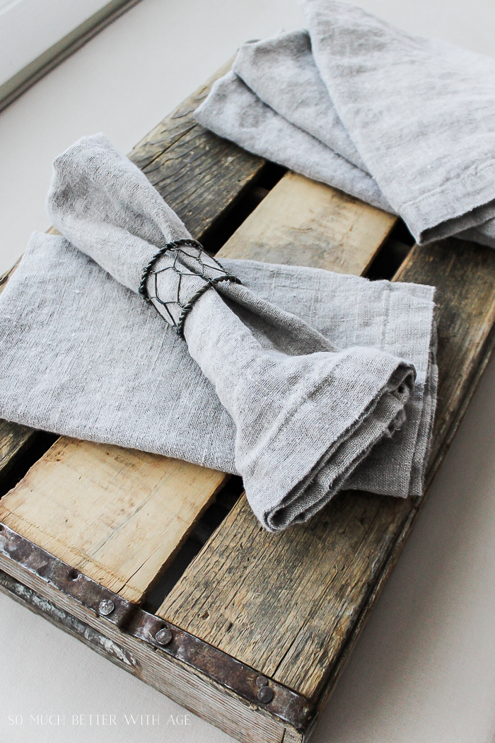 How to make your own linen napkins/ wooden crate - So Much Better With Age