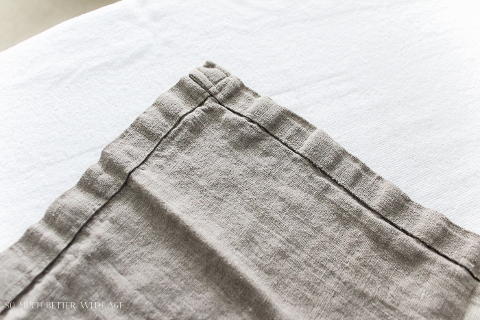 How to make linen napkins that double as placemats - So Much Better With Age