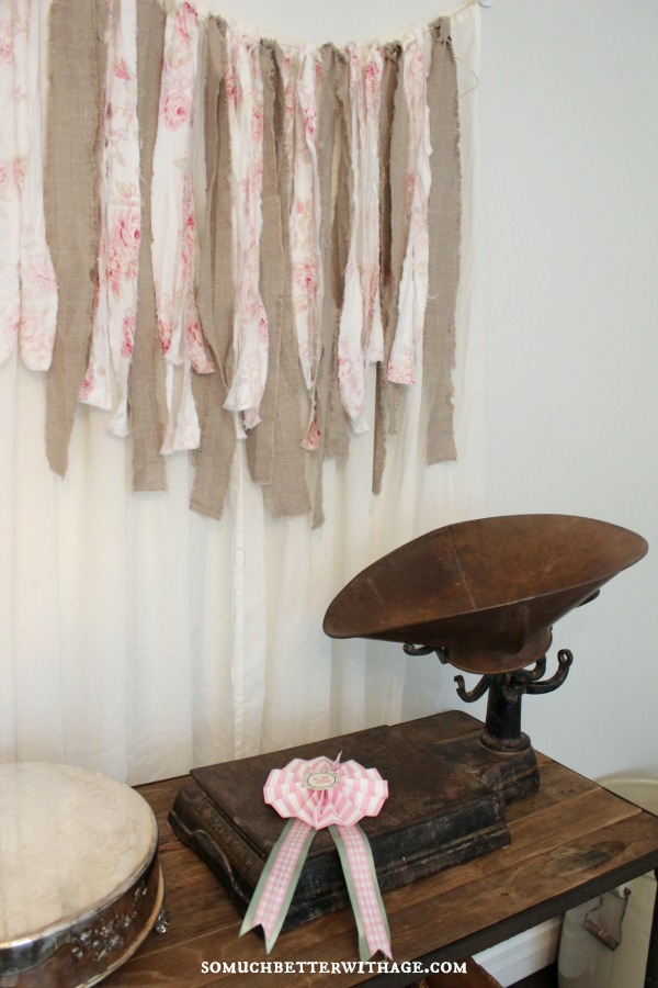 shabby chic party backdrop somuchbetterwithage.com