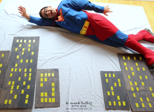 Superhero dad / Superhero birthday party somuchbetterwithage.com