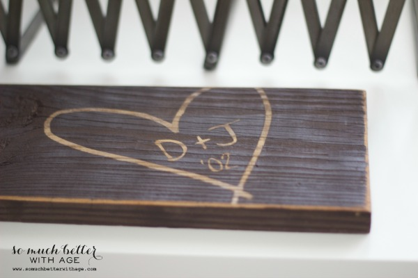Wooden sign / my gallery wall via somuchbetterwithage.com