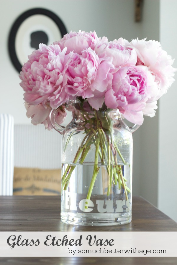 Glass etched vase using Silhouette Cameo