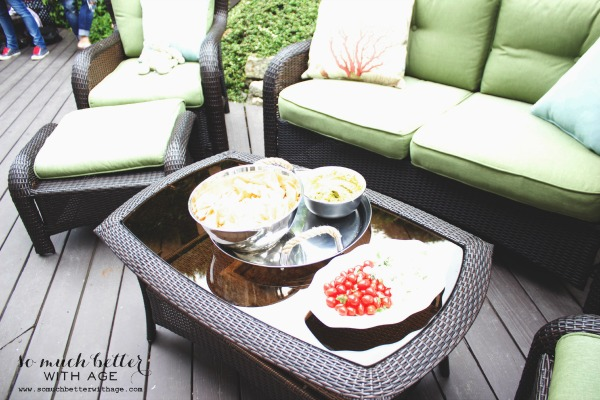 Outdoor oasis ice cream party via somuchbetterwithage.com
