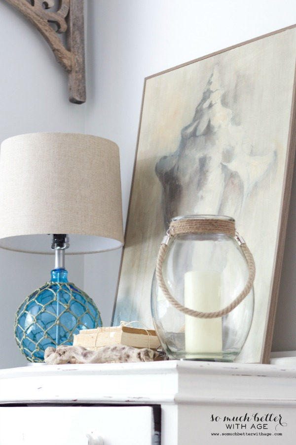 Beachy home decor / Getting beachy with Kirkland's via somuchbetterwithage.com
