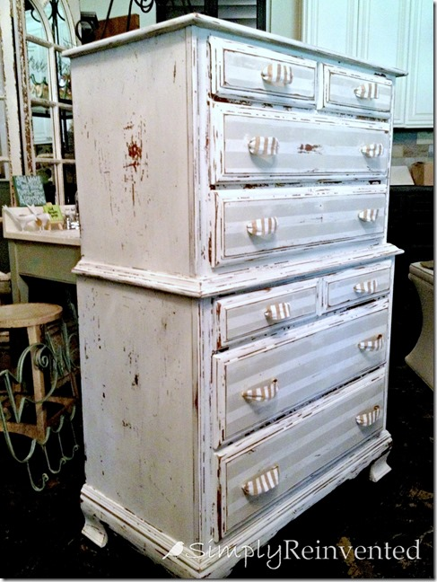 10 heavily distressed chippy furniture pieces / simply reinvented - So Much Better With Age