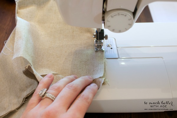 Door stop tutorial / the sewing machine - So Much Better With Age