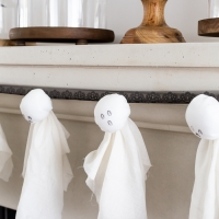 DIY Easy Ghosts Garland for Halloween