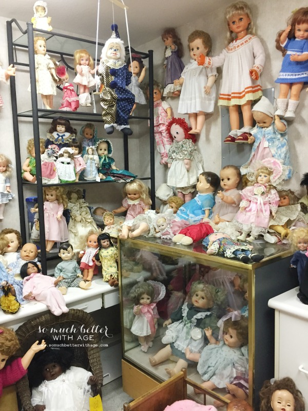 A room filled with dolls.