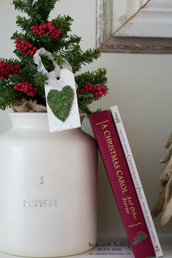 Christmas DIY crocks | somuchbetterwithage.com