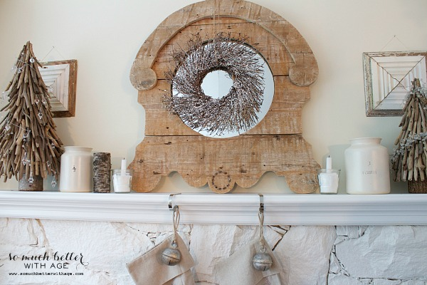 Rustic Christmas mantel | somuchbetterwithage.com