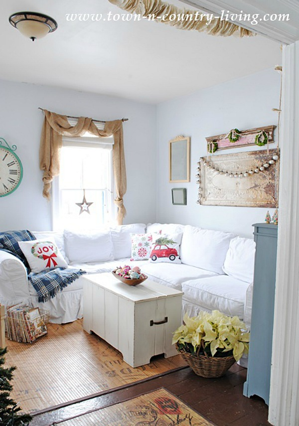 15 Cozy Napping Spots / Town N Country Living - So Much Better With Age