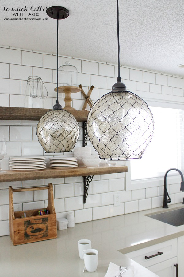 Rustic industrial kitchen subway tile | somuchbetterwithage.com