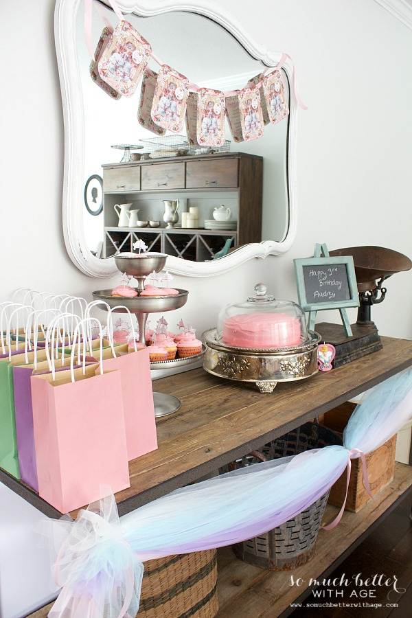 Let us eat cake princess party / Little girl birthday party - So Much Better With Age