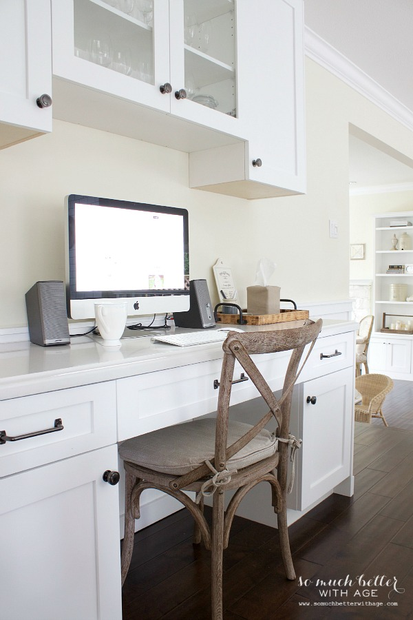 Butler pantry and kitchen office updates / French white kitchen - So Much Better With Age