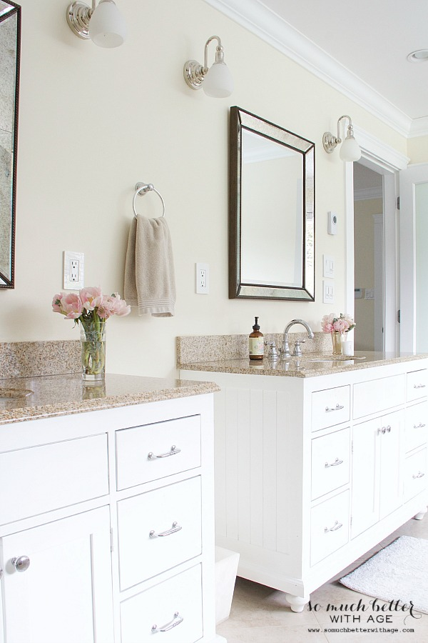 Side by side vanities in bathroom.