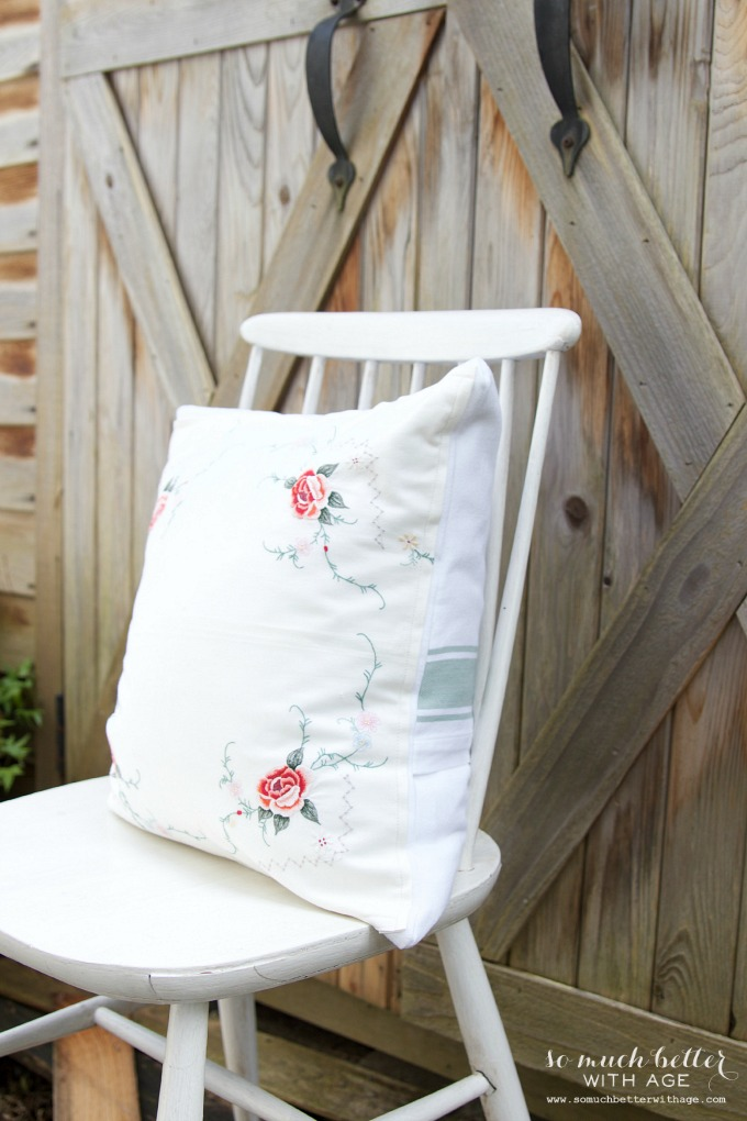 Old tablecloth to pillow | somuchbetterwithage.com