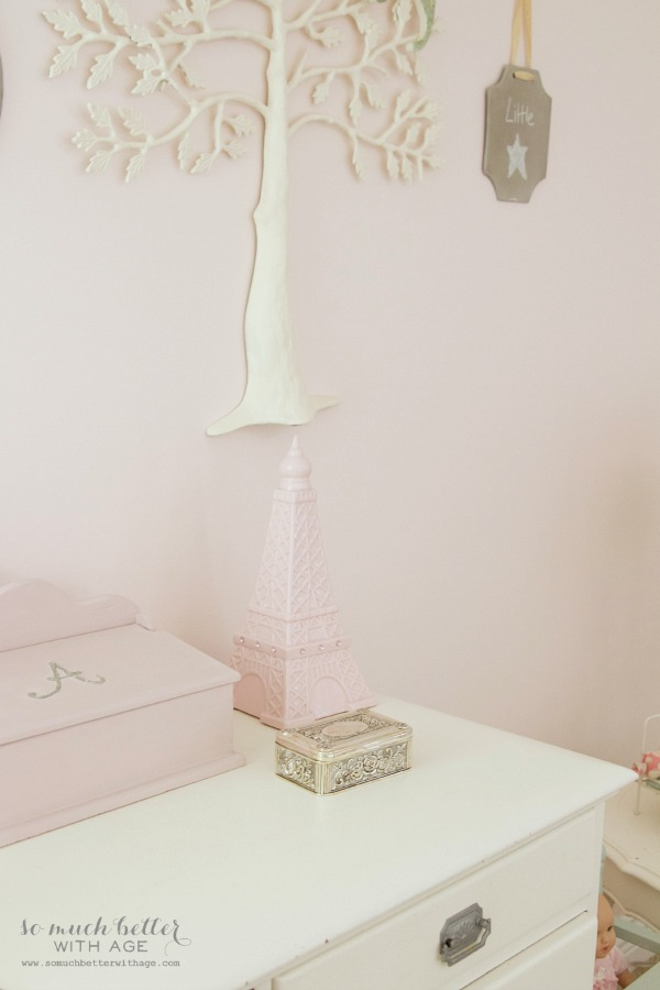 Little Doll Highchair & A Funny Story / pretty pink girls room - So Much Better With Age