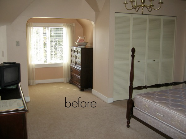 Our old old house, 90-year-old Tudor house tour / before picture of bedroom - So Much Better With Age