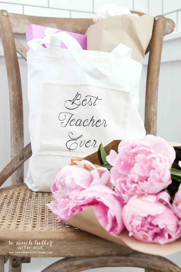 DIY Teacher Gift - Best Teacher Ever Tote / tote bag filled with items - So Much Better With Age