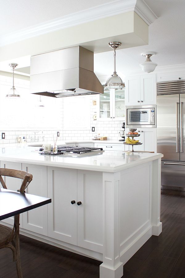 Light And Dark Contrast / white kitchen with accents of dark - So Much Better With Age