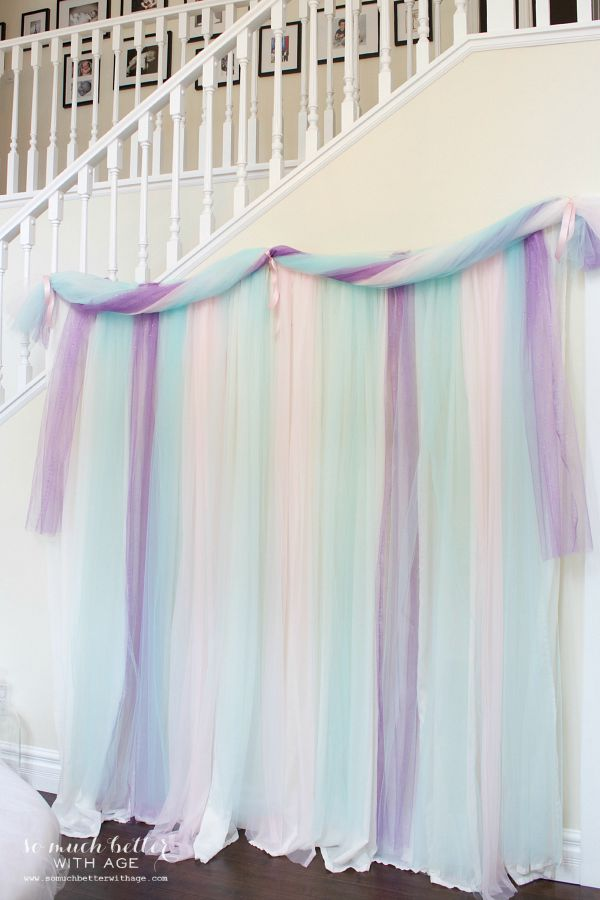 Frozen DIY photo backdrop / hanging backdrop - So Much Better With Age