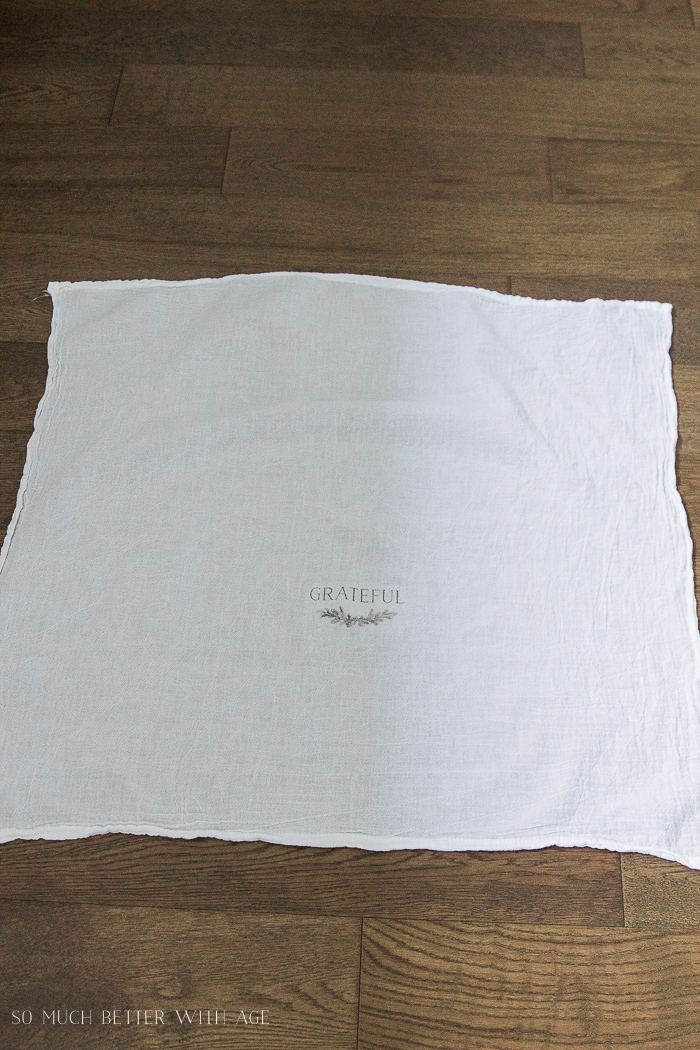 Thanksgiving napkin transfer tutorial / flour sack tea towel - So Much Better With Age