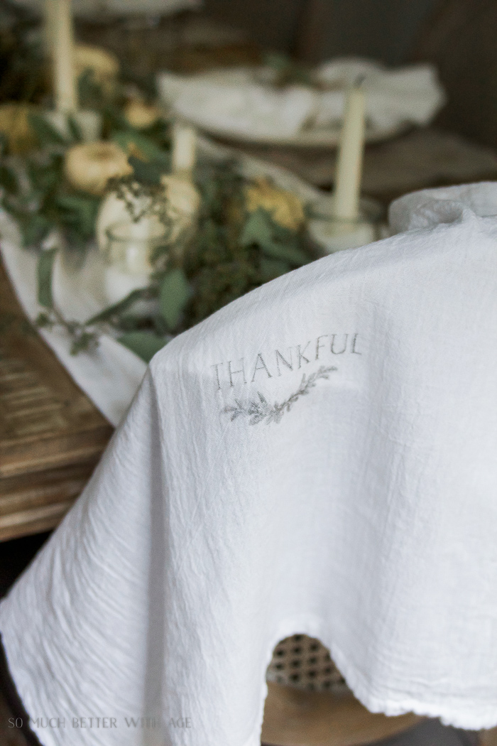 Thanksgiving napkin transfer tutorial / thankful on tea towel - So Much Better With Age