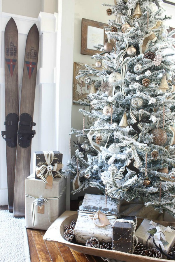 absolute favourite blogger christmas tours so much better with age. Black Bedroom Furniture Sets. Home Design Ideas