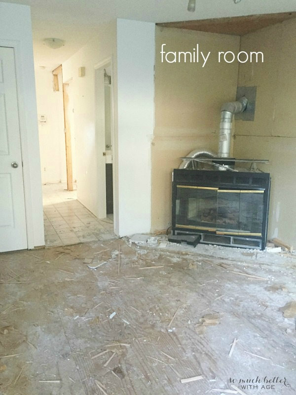 Family room / Demos on my new house | somuchbetterwithage.com