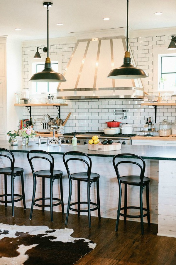 White and gold kitchen inspiration / kitchen with subway tiles and lights - So Much Better With Age