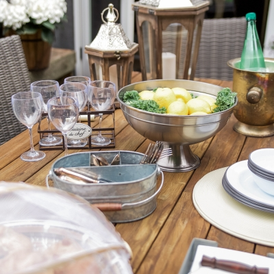 How to Set a Casual Outdoor Table, French Vintage Style