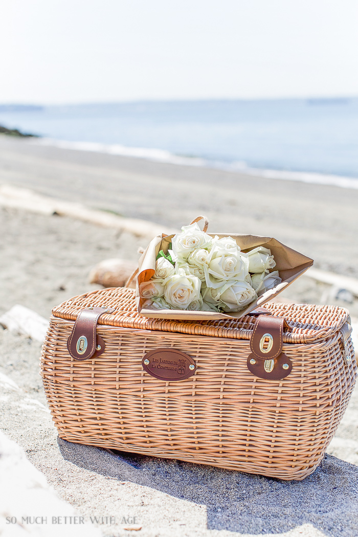 What to Bring on a Beach Picnic & Printable List - So Much Better With Age