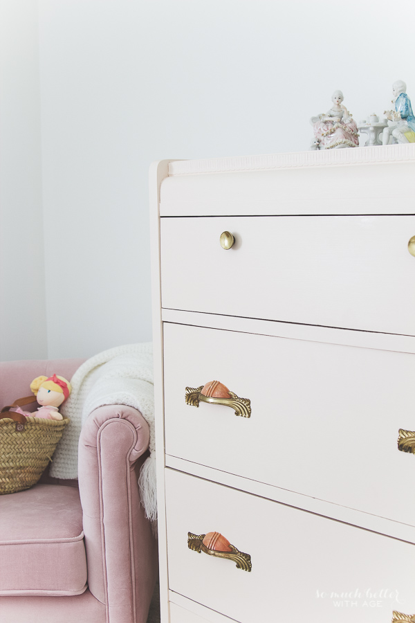 Vintage pink dresser makeover using Fusion Mineral Paint / pink details - So Much Better With Age