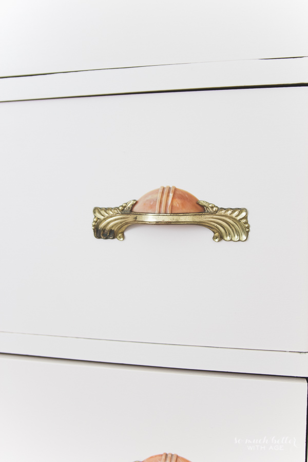 Vintage pink dresser makeover using Fusion Mineral Paint / antique look - So Much Better With Age